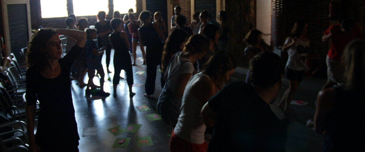 """""""Entonces Baila"""": Experiencias artísticas y educativas"""
